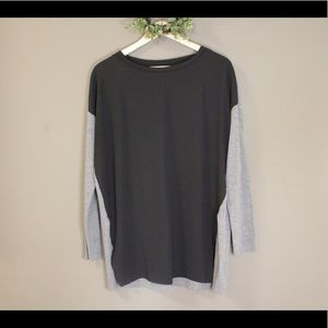 Lou & Grey two-toned long sleeve top Large EUC